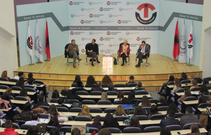 "Takim i Hapur ""Paneli i Gazetareve – Media – Impakti i saj"""