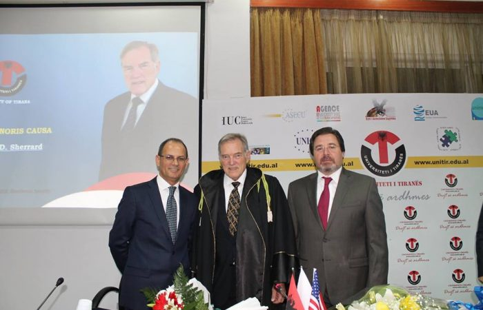 Honoris Causa Roger D. Sherrard