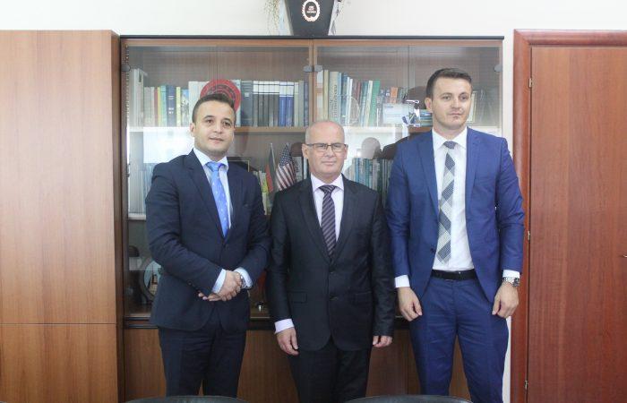 Takimi i Rektorit të Universitetit të Tiranës Prof. Dr. Mynyr Koni me Z. Leon Gjokaj, Zv.Ministër i Ministrisë per te Drejtat e Njeriut dhe te Popujve Pakicë dhe Z. Marash Dukaj, Zv.Minister I Ministrisë së Arsimit të Malit të Zi