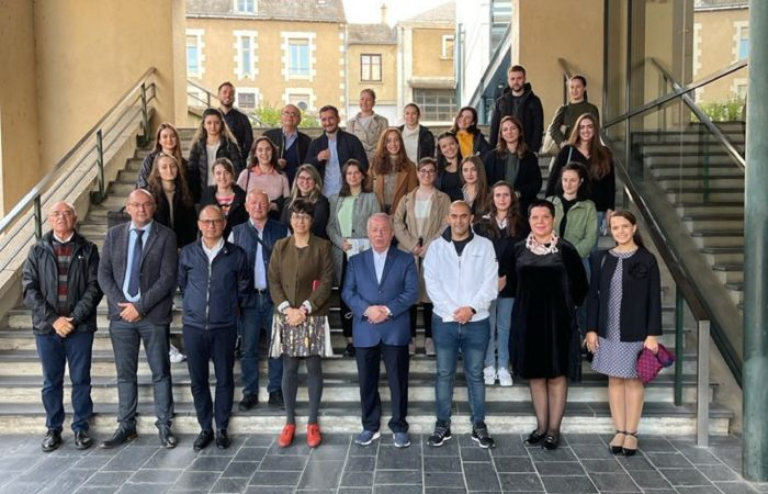 Mes studentëve shqiptarë në Universitetin e Poitiers në Francë